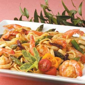 Mediterranean Shrimp 'n' Pasta Recipe