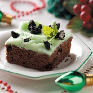 Mint Cookies 'n' Cream Brownies