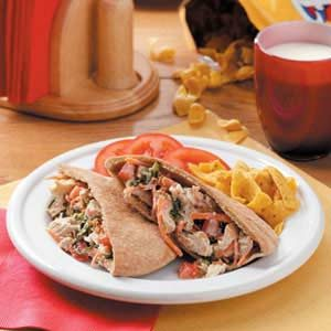 Blue Cheese Chicken Pitas Recipe
