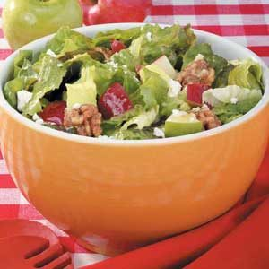 Apple-Feta Tossed Salad Recipe