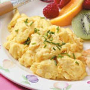 Quick Fluffy Scrambled Eggs Recipe