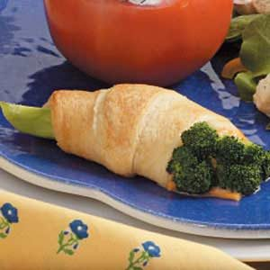 Broccoli Roll-Ups Recipe