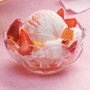 Peach Strawberry Sundaes Recipe