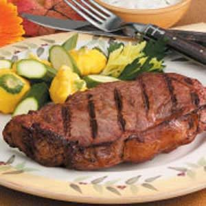 Steaks with Cucumber Sauce