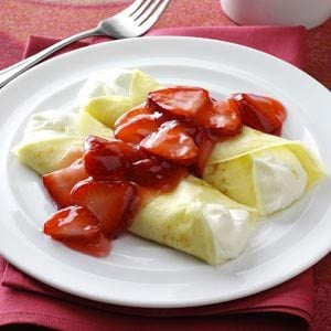 Strawberry Creme Crepes Recipe