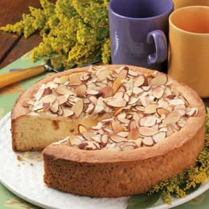 Creamy Peach Coffee Cake Recipe