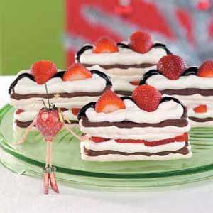 Strawberry Meringue Desserts Recipe