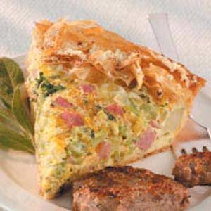 Broccoli-Ham Cheese Pie