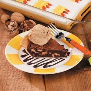 Walnut Fudge Pie Recipe