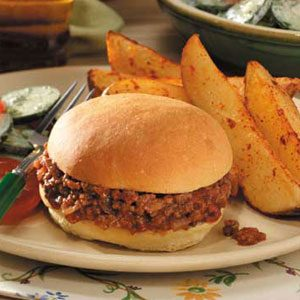 Family-Pleasing Sloppy Joe Sandwiches Recipe