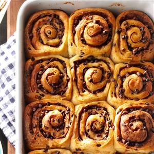 Chocolate Chip Caramel Rolls Recipe