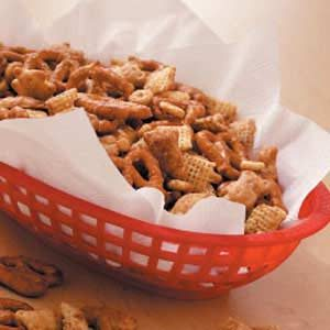 Sweet 'n' Crunchy Mix Recipe