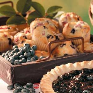 Rhubarb Blueberry Muffins Recipe