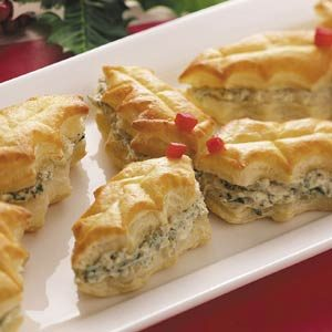 Puff Pastry Holly Leaves