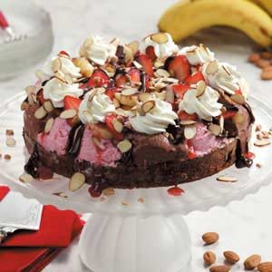 Banana Split Brownie Pie Recipe