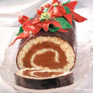 Poinsettia Cake Roll Recipe