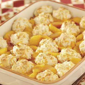 Cheddar-Biscuit Peach Cobbler Recipe