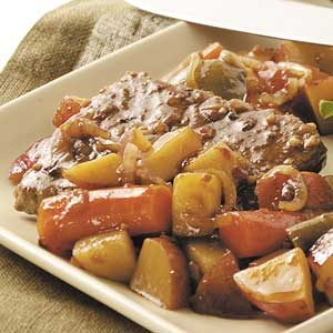 Slow-Cooked Beef 'n' Veggies Recipe