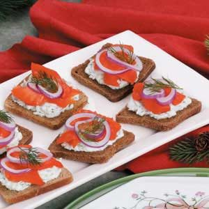 Smoked salmon canapes recipe taste of home for Cold canape menu