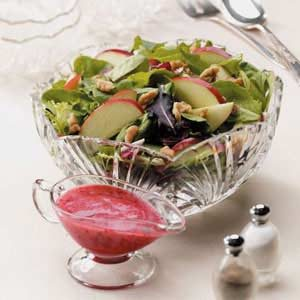 Apple-Walnut Tossed Salad Recipe