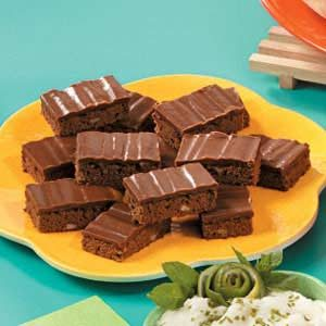 Rich Chocolate Cake Bars Recipe