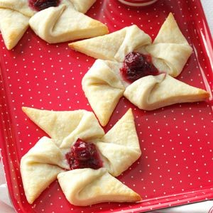 Ginger Cranberry Pinwheels Recipe