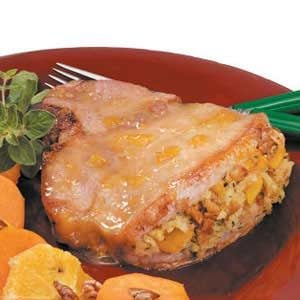 Peach-Stuffed Pork Chops Recipe