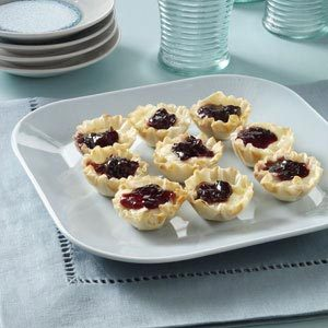 Brie Phyllo Cups Recipe