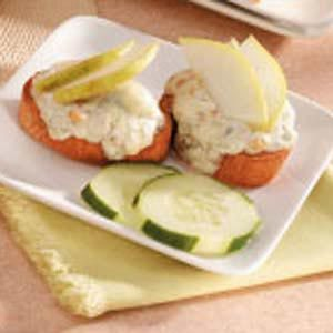Blue Cheese Crostini Recipe