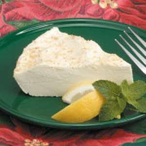 No-Bake Lemon Cheesecake Pie