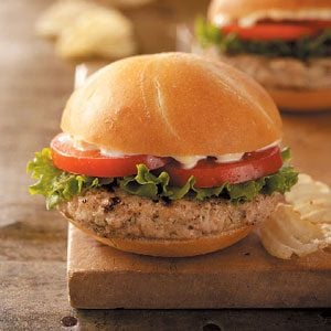 Dilly Turkey Burgers Recipe