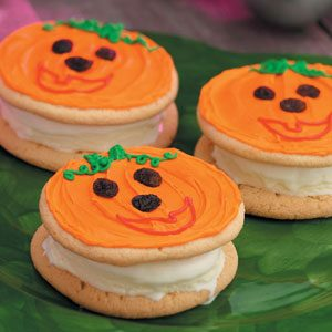 Pumpkin-Face Ice Cream Sandwiches