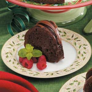 Berry-Glazed Chocolate Cake Recipe