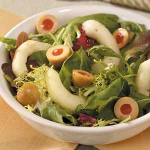 Olive-Cucumber Tossed Salad Recipe
