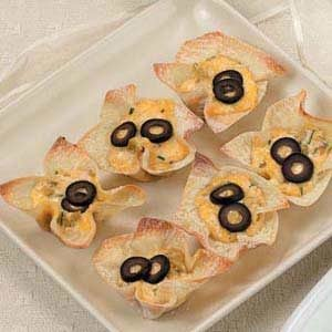 Chili-Cheese Wonton Cups