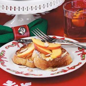 Peaches 'n' Cream French Toast Recipe