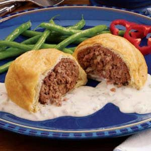 Ground beef wellington recipe taste of home for What to make with hamburger meat for dinner