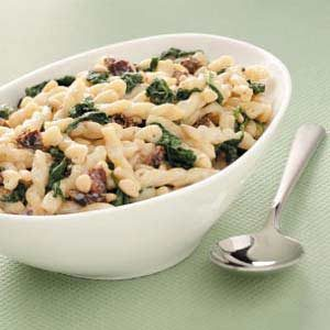 Spinach-Pine Nut Pasta Recipe