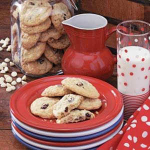 Cranberry Vanilla Chip Cookies Recipe