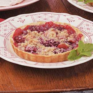 Crumb-Topped Apple Raspberry Tarts Recipe