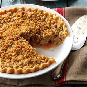Strawberry/Rhubarb Crumb Pie Recipe