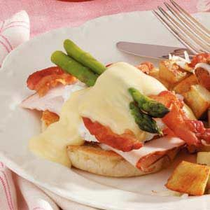 Turkey Eggs Benedict