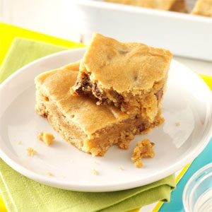 Peanut Butter Blondie Bars