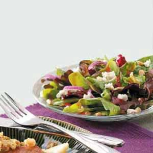 Tossed Salad with Pine Nuts Recipe