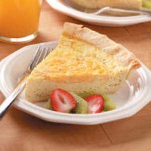 Cheddar Broccoli Quiche Recipe