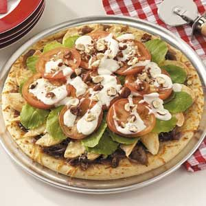 Caramelized Onion 'n' Pear Pizza