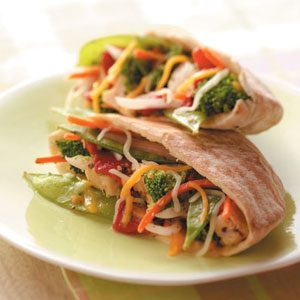 Veggie Chicken Pitas Recipe
