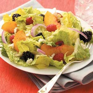 Berry Peach Tossed Salad Recipe
