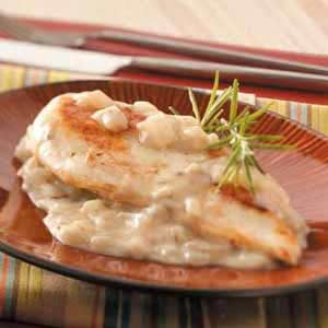 Chicken with Rosemary-Onion Sauce Recipe