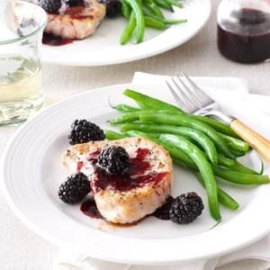 Blackberry-Sauced Pork Chops Recipe